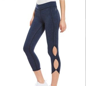 Free people movement infinity cutout crop leggings